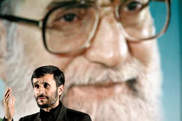 IRAN_-_Ahmadinejad_-_Khamenei